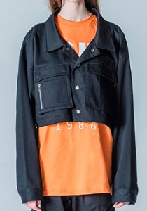M.O.M.G OVER CROP SHORT JACKET / BLACK